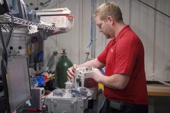 Biomed Technician using JigSpace Augmented Reality